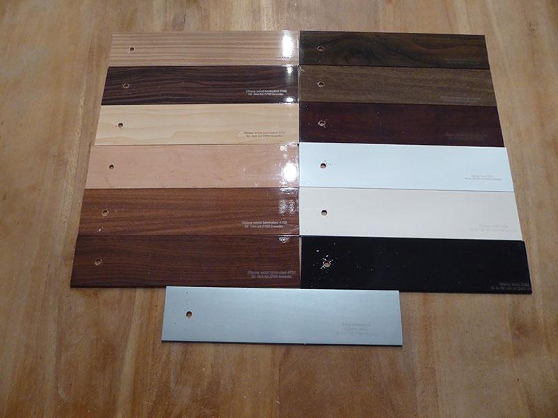 Houten jaloezie iedere 4e gratis van brabant tapijt uit eindhoven - Tapijt badkamer hout ...