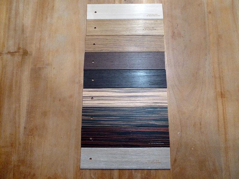 Houten jaloezie stalen van brabant tapijt uit eindhoven - Tapijt badkamer hout ...